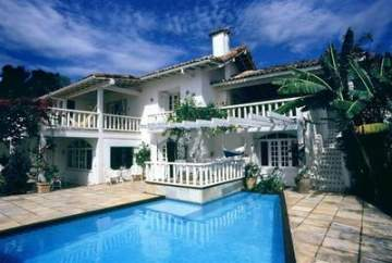 Villa / luxury real estate for sale in Armacao dos Buzios-Manguinhos, Brazil