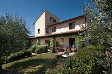Holiday Rentals for rent in Gualdo Cattaneo, Italy