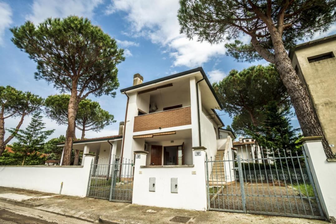 Holiday Rentals for rent in Lido di Volano, Italy