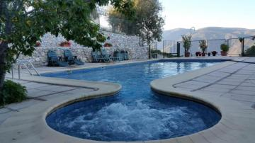 Holiday Rentals for rent in Lanjarón, Spain