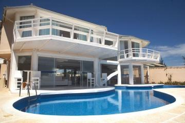 Villa / luxury real estate for sale in Armacao dos Buzios-Marina, Brazil