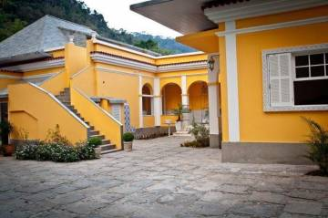 Houses / single family for sale in Petropolis-Nogueira, Brazil