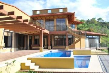 Apartments for sale in Atenas, Costa Rica