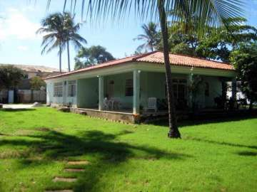 Houses / single family for sale in Salvador-Itapuã, Brazil