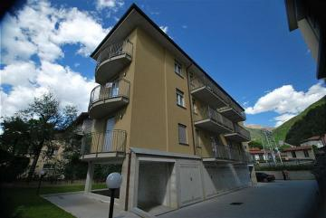 Holiday Rentals for rent in Dervio, Italy