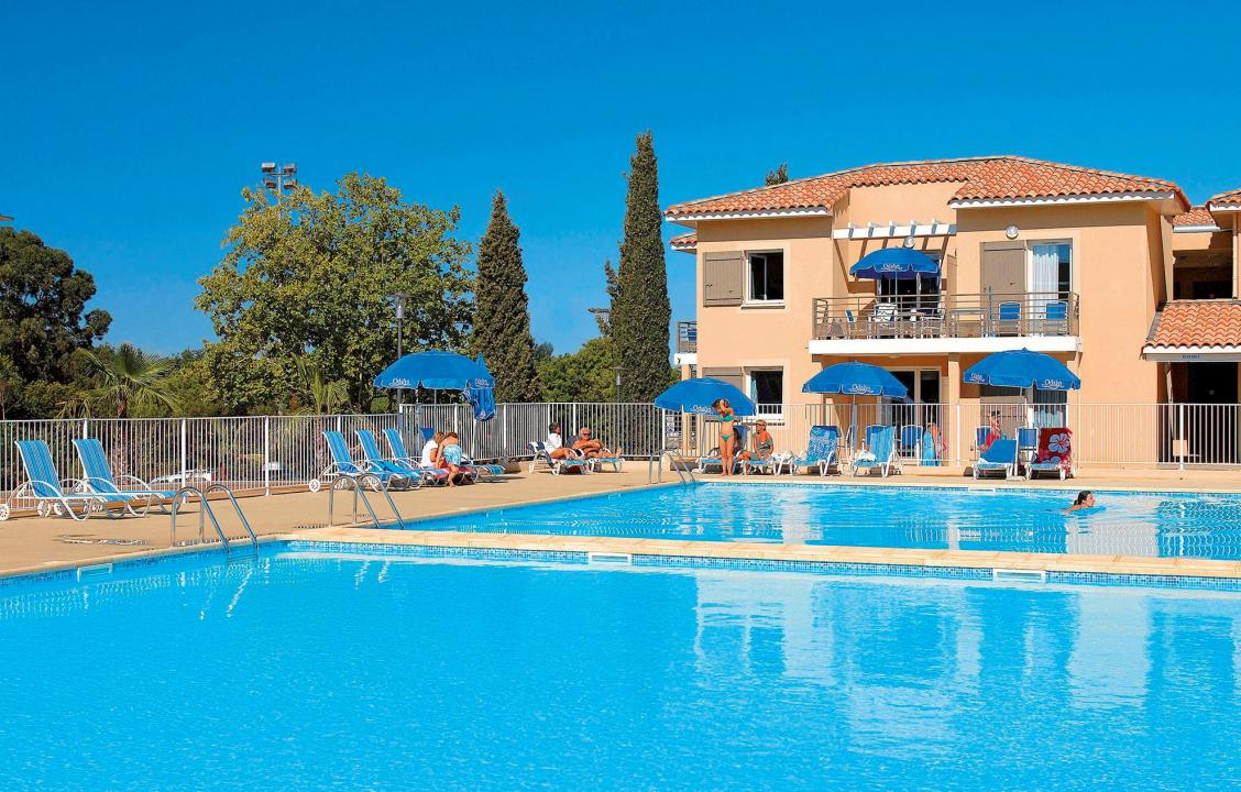 Holiday Rentals for rent in La Londe-les-Maures, France