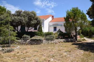 Holiday Rentals for rent in Pag, Croatia