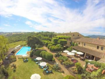 Hotel for sale in Volterra-Pisa, Italy