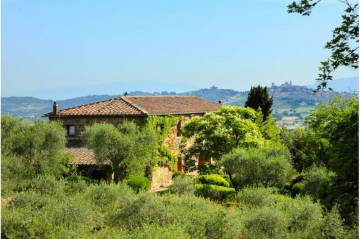 Boarding / Hotel Garni for sale in Sinalunga-Siena, Italy