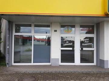 Locale commerciale In affitto a Borna-Borna, Germania