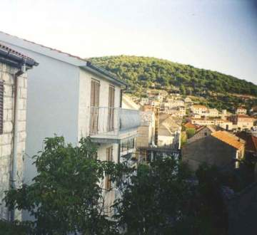 Houses / single family for sale in Pucisca-the island of Brac, Croatia