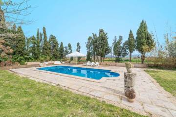 Holiday Rentals for rent in Sa Pobla, Spain