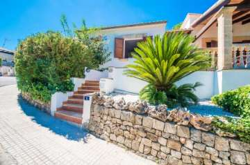 Holiday Rentals for rent in Alcudia, Spain
