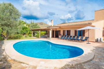 Holiday Rentals for rent in Pollença, Spain