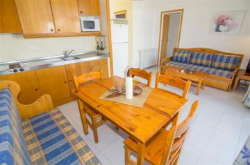 Holiday Rentals for rent in Roses, Spain