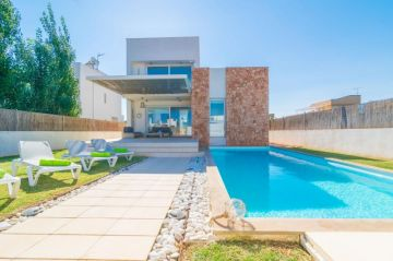 Holiday Rentals for rent in Sa Rapita, Spain