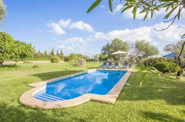 Holiday Rentals for rent in Capdepera, Spain