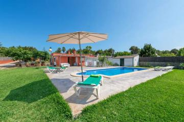 Holiday Rentals for rent in Can Picafort, Spain