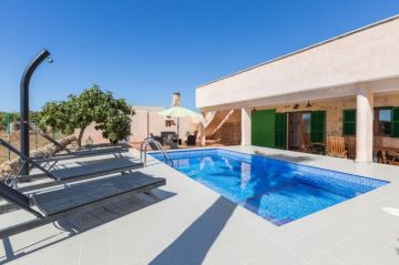 ** in S Estanyol max. 6 Person,  S Estanyol, Spain