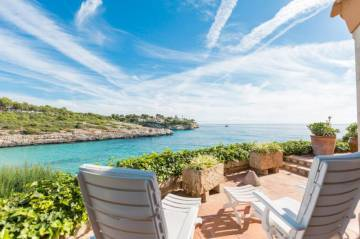 Holiday Rentals for rent in Cala Mendia, Spain
