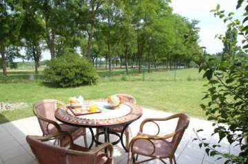 Holiday Rentals for rent in Chateauneuf sur Isere, France