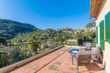 in Valldemosa max. 4 Persons,  Valldemosa, Spain