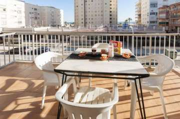Holiday Rentals for rent in Playa de Gandía, Spain