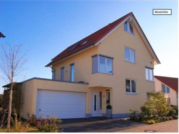 Houses / single family  in Pfungstadt, Germany