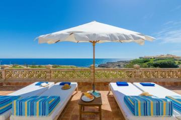 Holiday Rentals for rent in cala Morlanda, Spain