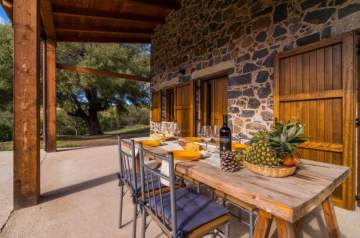 Holiday Rentals for rent in Dorgali, Italy