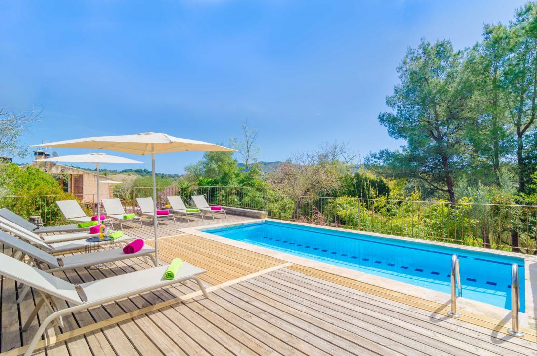 Holiday Rentals for rent in Sant Llorenç des Cardassar, Spain