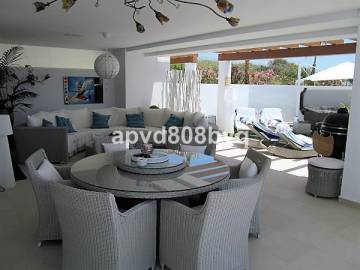 Apartments for sale in Casares Playa, Spain