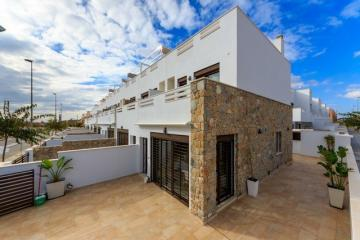 Two-family house for sale in Torrevieja, Spain