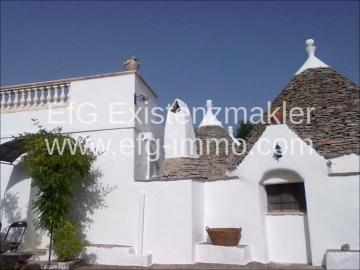 Farm / Ranch for sale in Ceglie Messapico-Brindisi, Italy