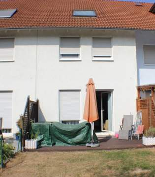 Double / Terraced houses for sale in Nidderau-Heldenbergen, Germany