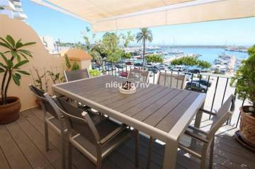 Houses / single family for sale in Estepona, Spain