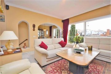 Double / Terraced houses for sale in Marbella, Spain