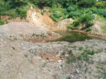 Emerald Mine and Deposit on a 83.000 sqm area in Goias - investment opportunity, 76515-000 Campos Verdes, Brazil