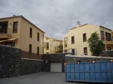 Apartments for sale in Arona, Spain