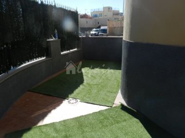 Apartments for sale in San Isidro, Spain