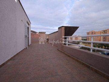 Penthouse/ Apartment for sale in Los Cristianos, Spain