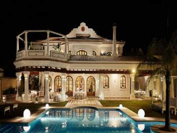Hotel for sale Puerto Banús/Málaga,  Puerto Banús, Spain