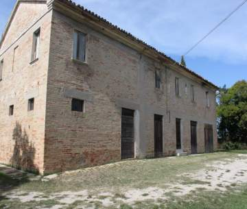 Houses / single family for sale in Nähe Senigallia, Italy
