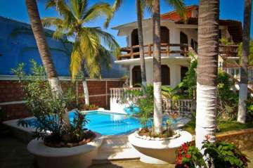 Living & Firm, business-house for sale in Pie de la Cuesta-ACAPULCO DE JUAREZ, Mexico