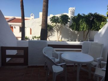 Studio Apartment in Beverly Hills Club Complex For,  Los Cristianos, Spain
