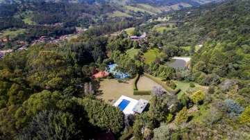 Upscale Property in the Serra da Mantiqueira with 3200 m² living space and 150.000 m² land, 12460-000 Campos do Jordão, Brazil