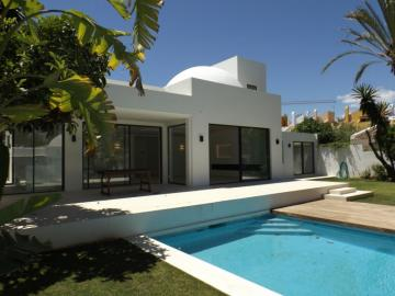Villa / luxury real estate for sale Nueva Andaluc,  Nueva Andalucía, Spain