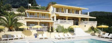 Villa / luxury real estate for sale in Vence, France