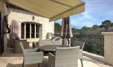 Villa / luxury real estate for sale in Antibes, France