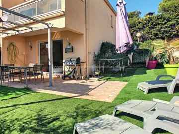 Sale Villa - Antibes / 594vm,  Antibes, France